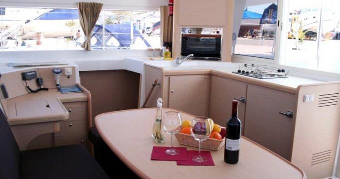 Noleggio Catamarano a Rhodes – Lagoon Lagoon 400