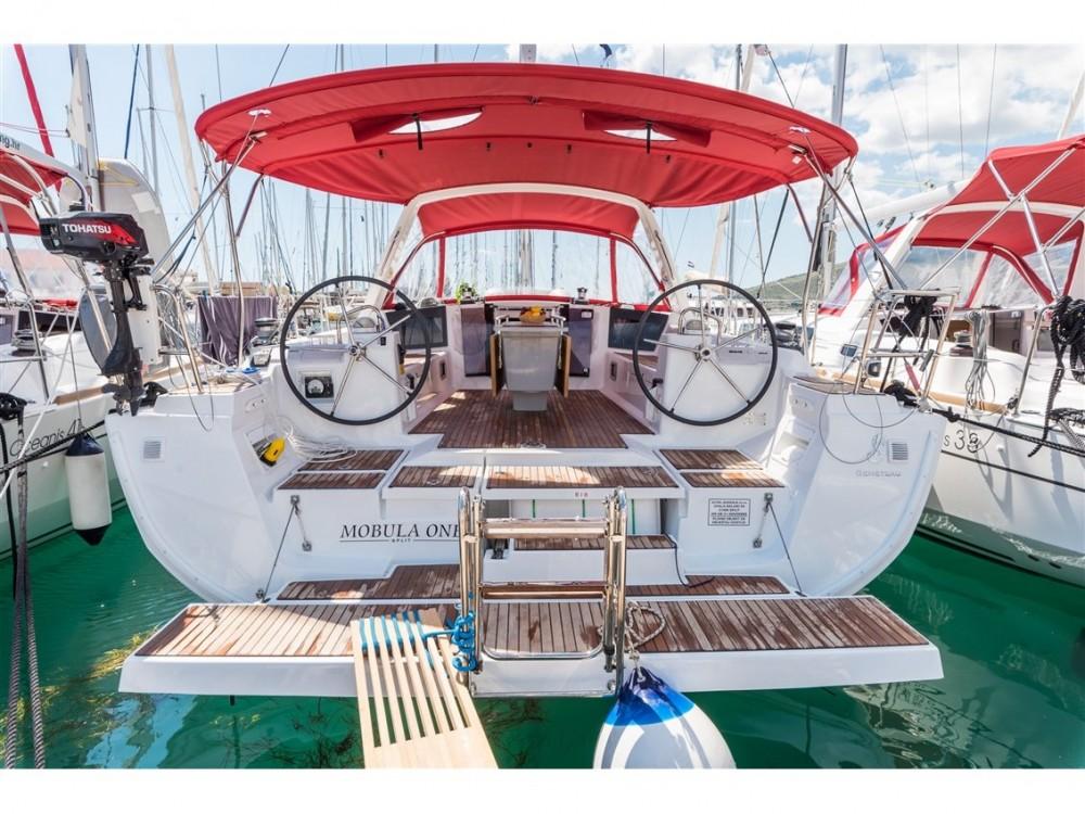 Noleggio barche Bénéteau Oceanis 45 Spalato su Samboat