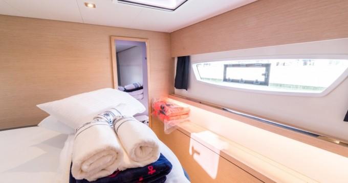 Noleggio yacht a Donji Seget – Fountaine Pajot Saba 50 su SamBoat