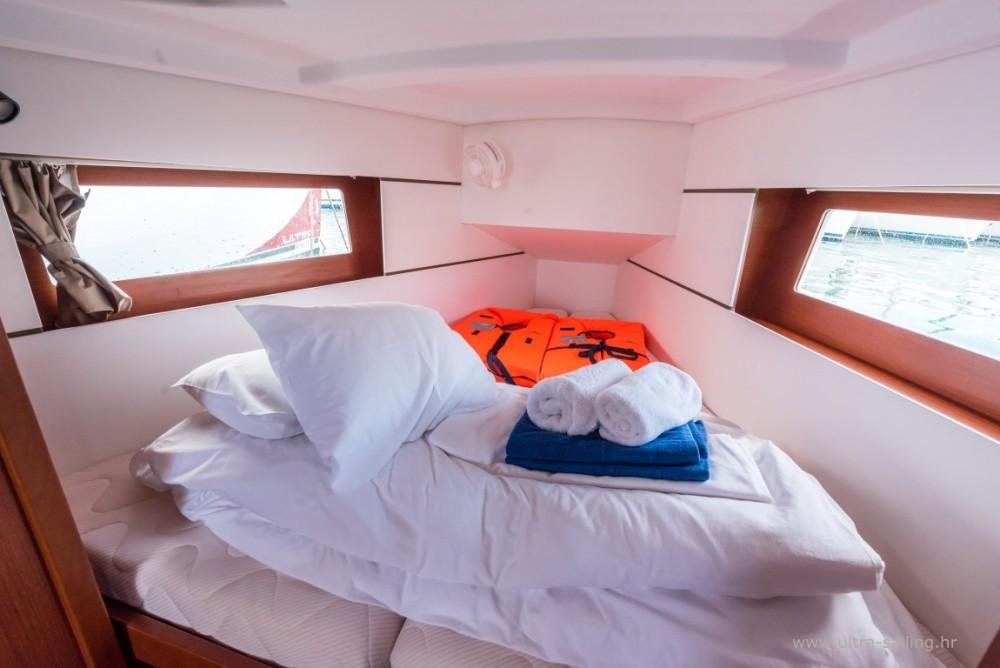 Noleggio barche Spalato economico Oceanis 35.1