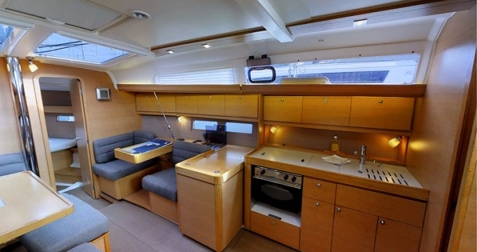 Noleggio yacht a Rogoznica – Dufour Dufour 410 Grand Large su SamBoat