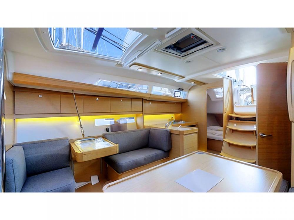 Noleggio barche Dufour Dufour 412 Grand Large  su Samboat