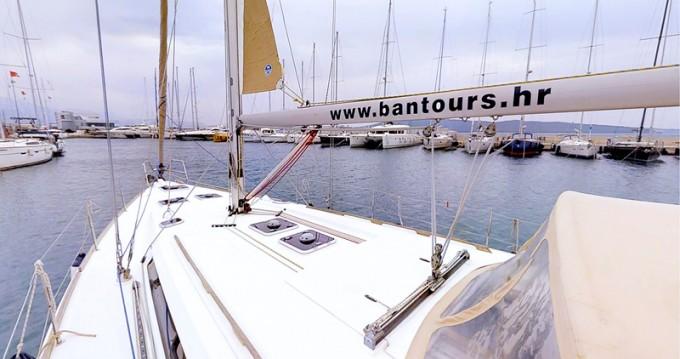 Noleggio yacht a Kaštel Gomilica – Dufour Dufour 445 Grand Large su SamBoat