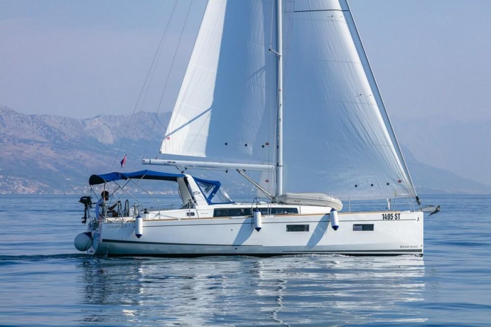 Noleggio barche Bénéteau Beneteau Oceanis 38.1 Spalato su Samboat