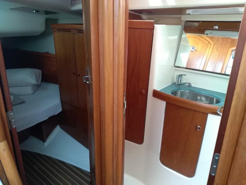 Noleggio barche ACI Marina Split economico Sun Odyssey 43