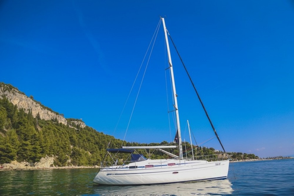 Noleggio yacht ACI Marina Split - Bavaria Bavaria 37 Cruiser su SamBoat