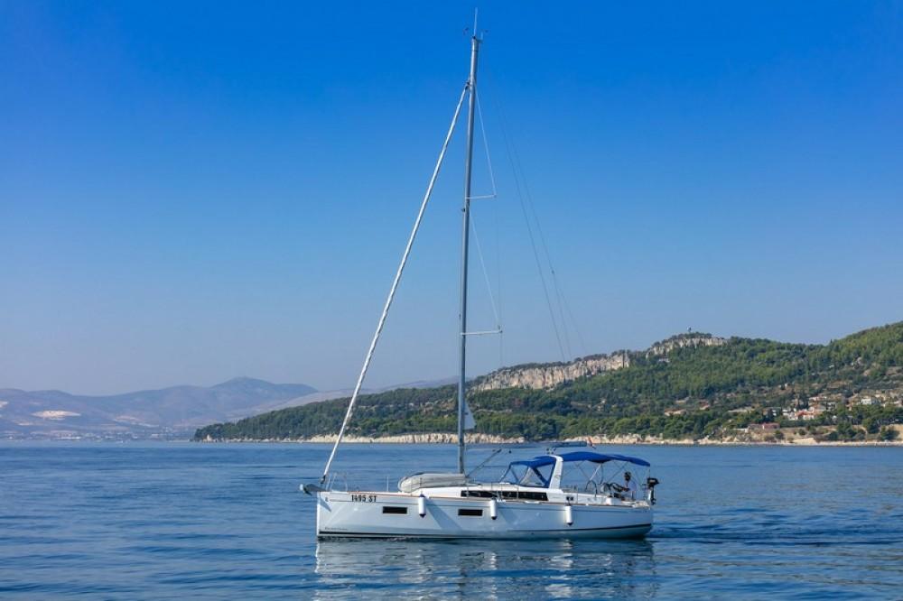 Noleggio yacht Spalato - Bénéteau Beneteau Oceanis 38.1 su SamBoat