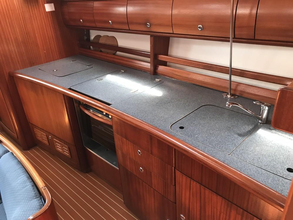 Noleggio barche Cala dei Sardi economico Bavaria 44