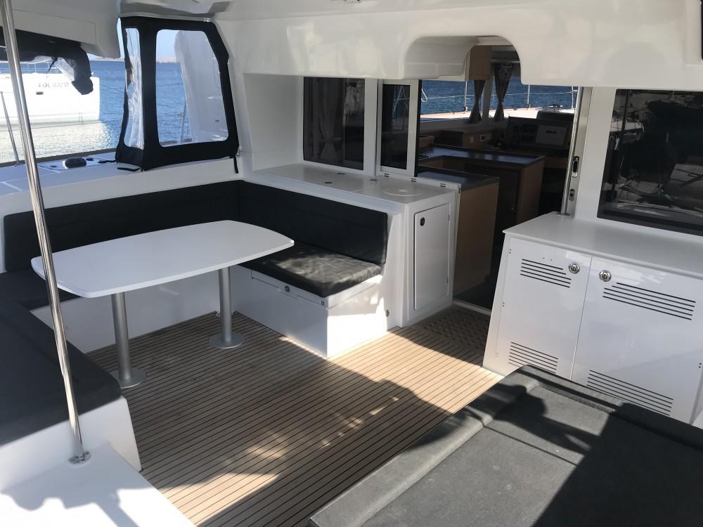 noleggio Catamarano Cala dei Sardi - Lagoon Lagoon 450F