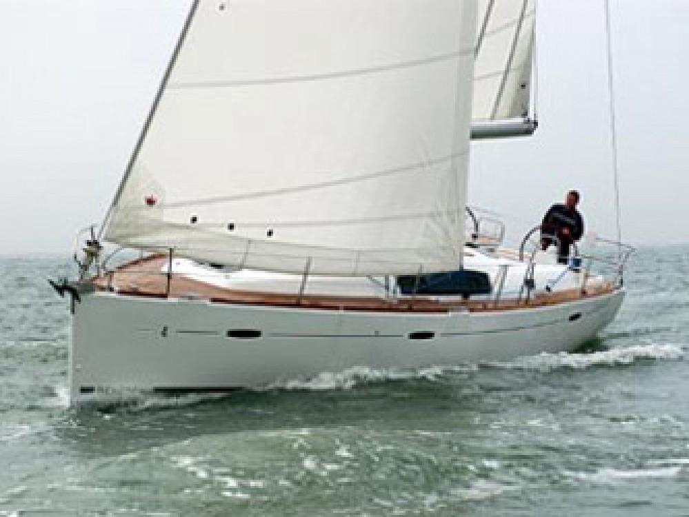 Noleggio Barca a vela con o senza skipper Bénéteau Cala dei Sardi
