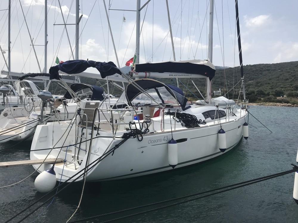 noleggio Barca a vela Cala dei Sardi - Bénéteau Oceanis 43