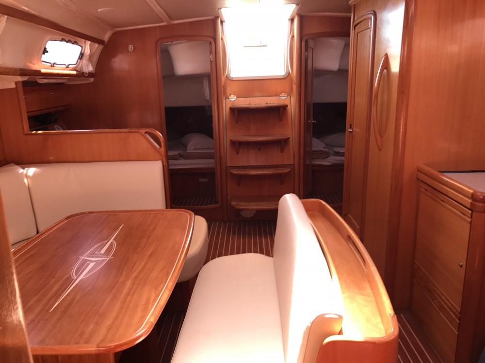 Noleggio barche Cala dei Sardi economico Bavaria 46 Cr