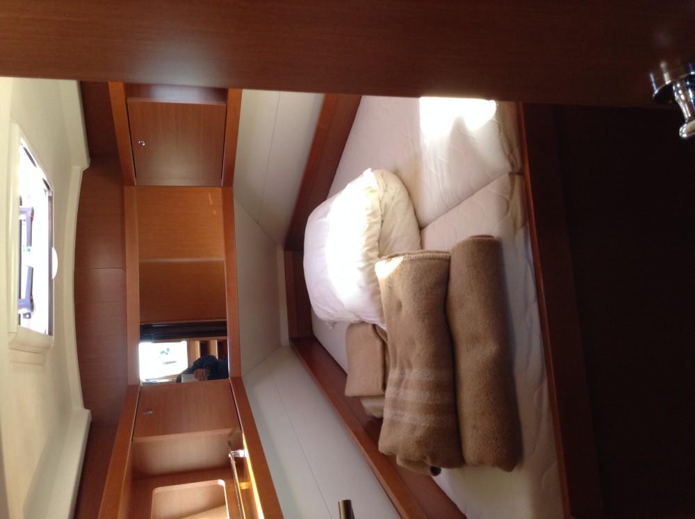 Noleggio barche Bénéteau Oceanis 41 Castiglioncello su Samboat