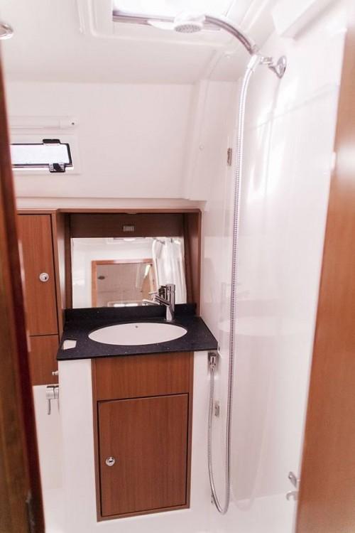 Noleggio barche Bavaria R40  su Samboat