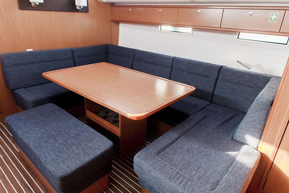 Bavaria Cruiser 51 tra personale e professionale Coo