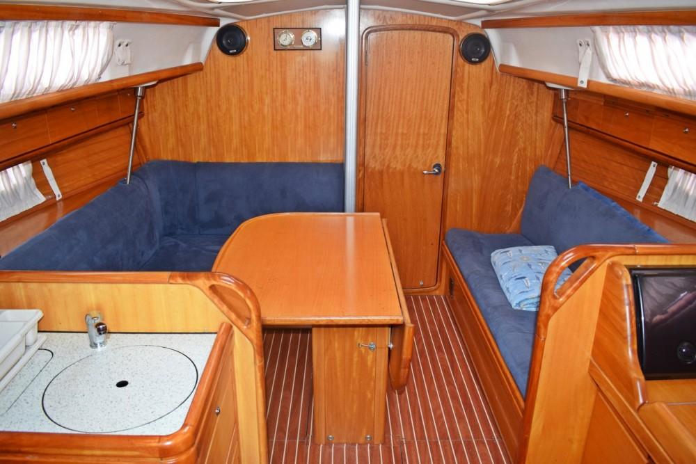 Noleggiare un'Bavaria Cruiser 33 Croazia