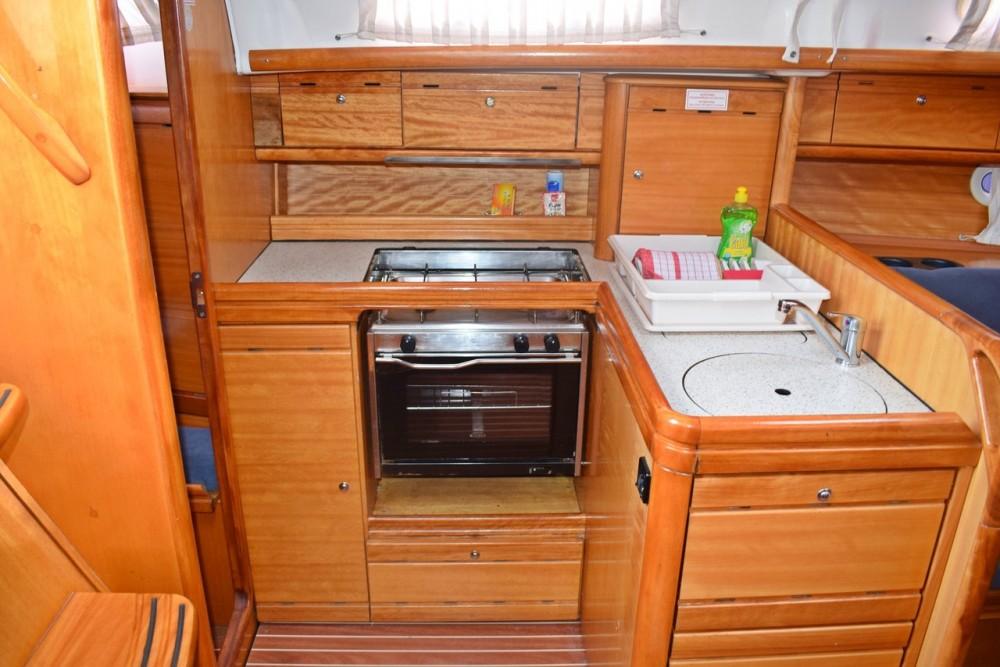 Noleggio barche Croazia economico Cruiser 33