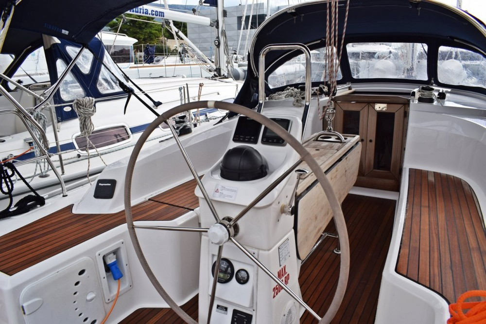 Noleggiare un'Bavaria Cruiser 33 Croatia