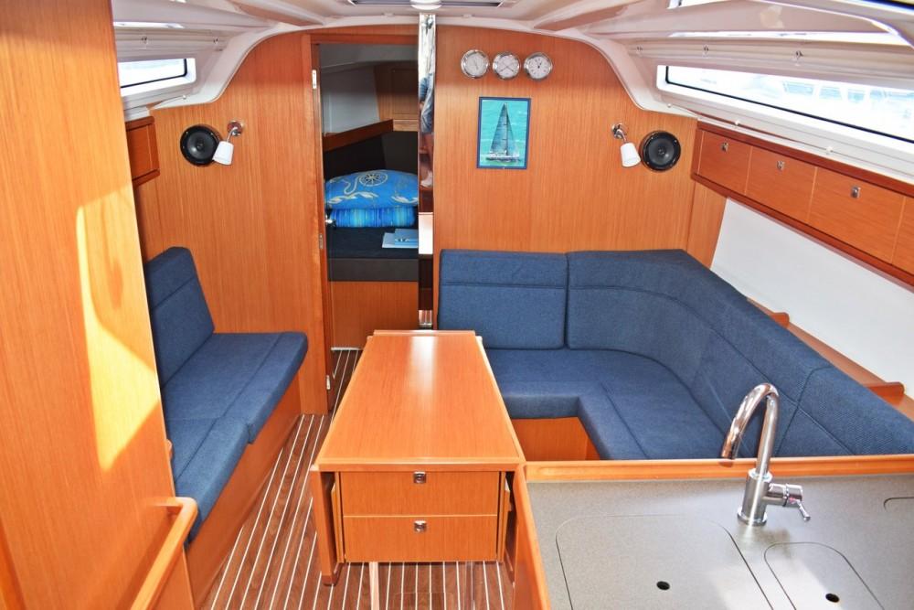 Noleggio barche Kroatien economico Cruiser 37