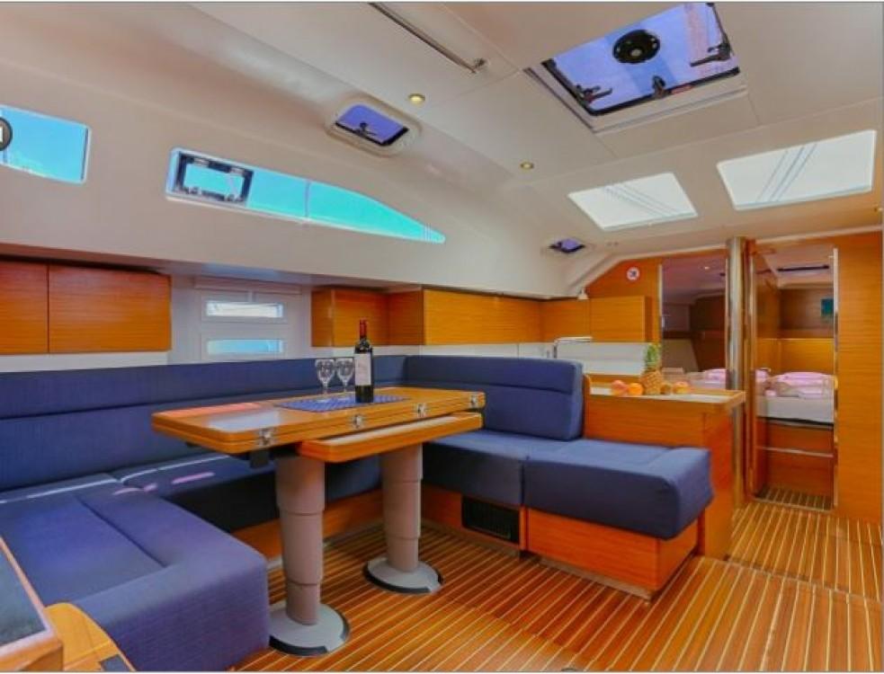 Noleggio barche Elan Elan 49  su Samboat