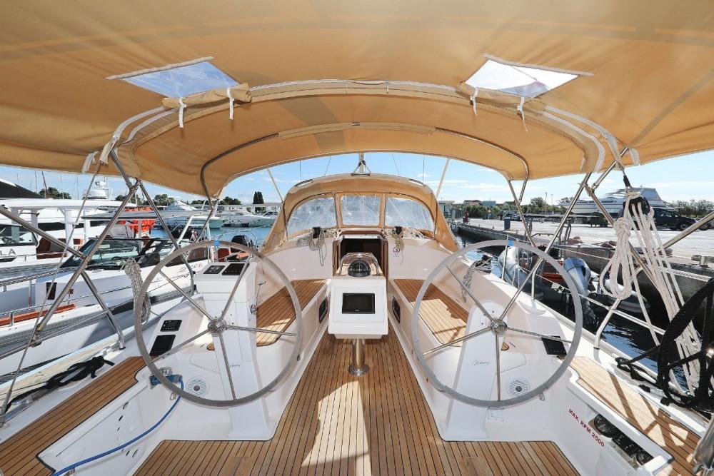 Barca a vela a noleggio D-Marin Borik al miglior prezzo