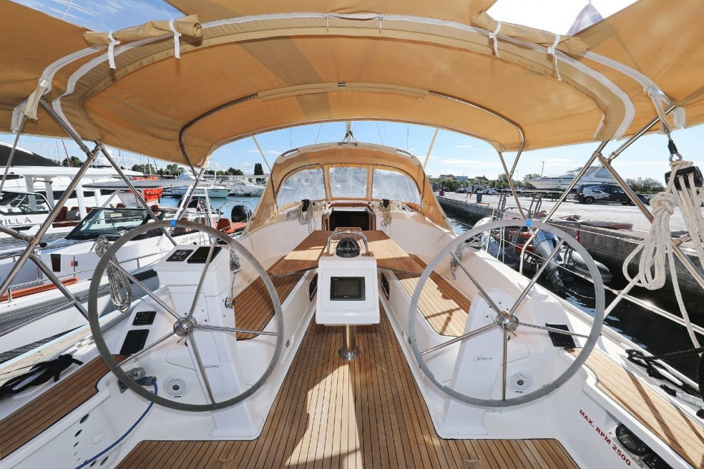 Noleggio barche D-Marin Borik economico Cruiser 37