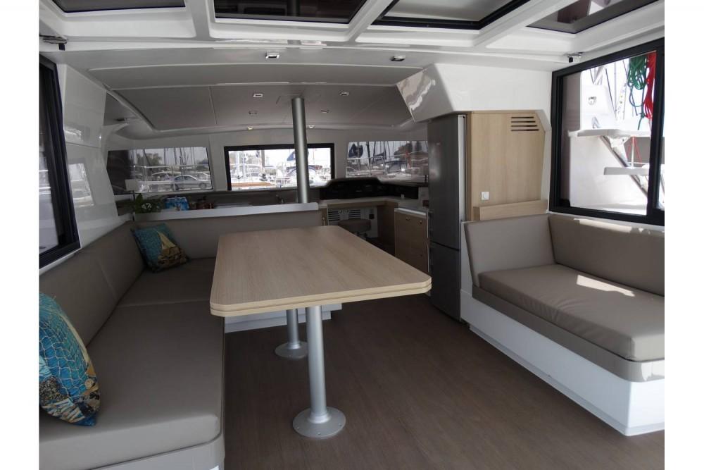 Noleggio barche Catana Bali 4.1 - 4 + 2 cab. Leucade su Samboat