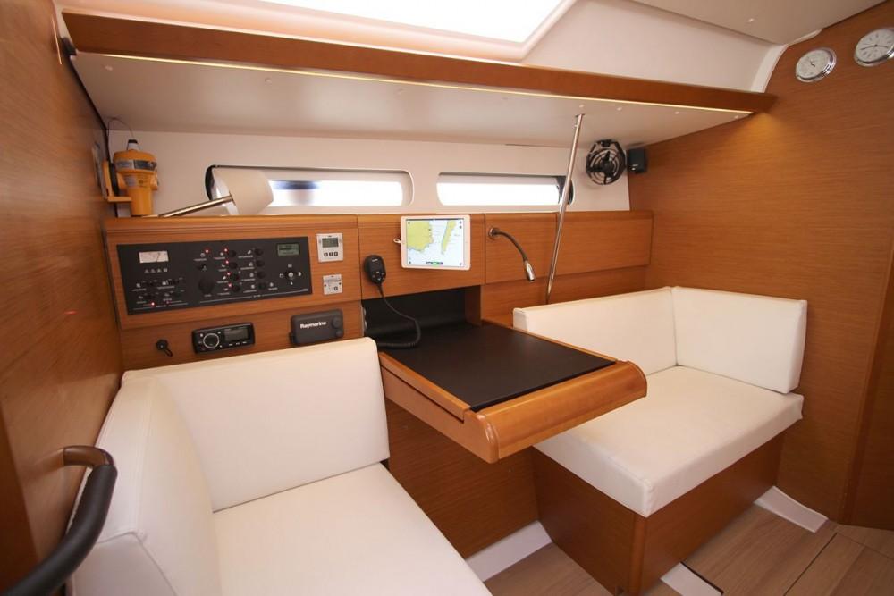 Noleggiare un'Jeanneau Sun Odyssey 449 South Aegean