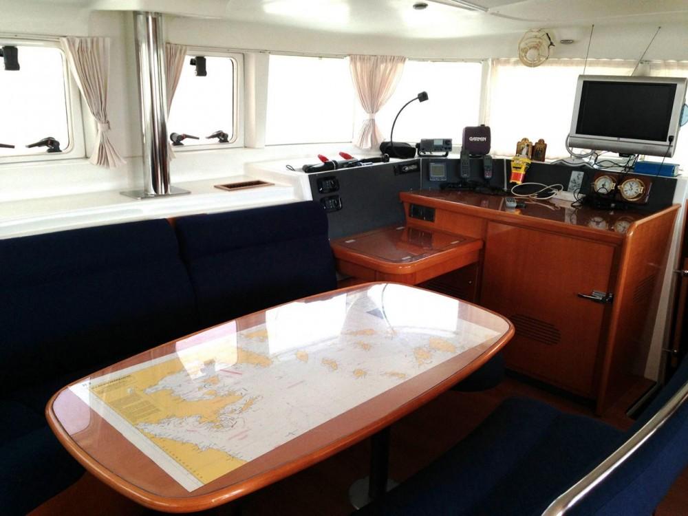 Noleggio barche Peloponneso economico Lagoon 440