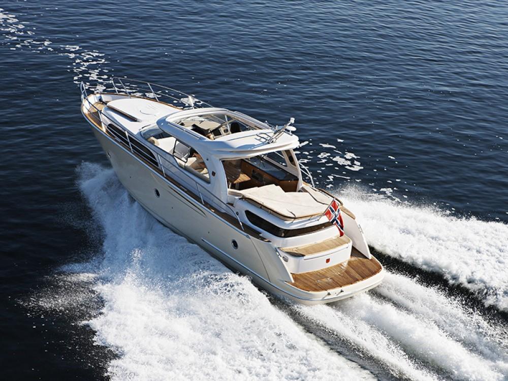 Noleggio Barca a motore con o senza skipper Marex Sebenico