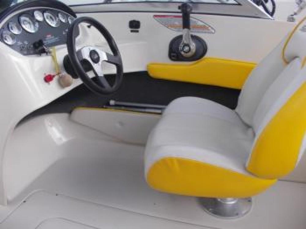 Noleggio barche Tribunj economico Sea Ray 175 Sport