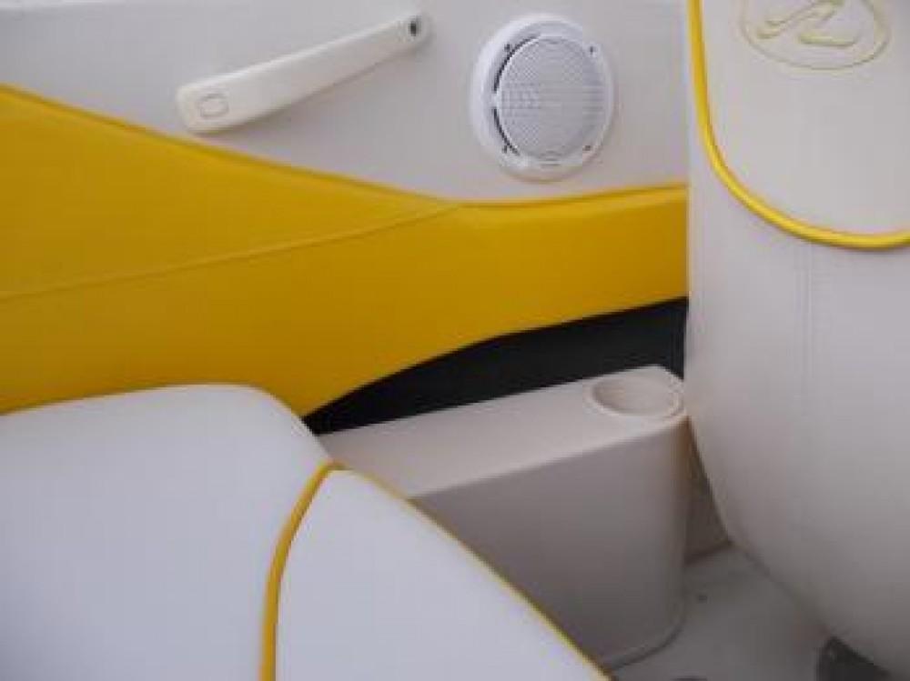 Noleggio barche Sea-Ray-Boats Sea Ray 175 Sport Tribunj su Samboat