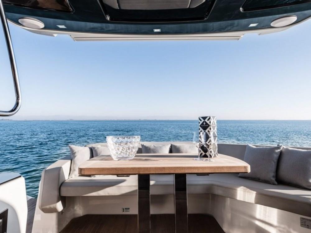 Noleggio yacht Spalato - Cranchi E 52 F su SamBoat