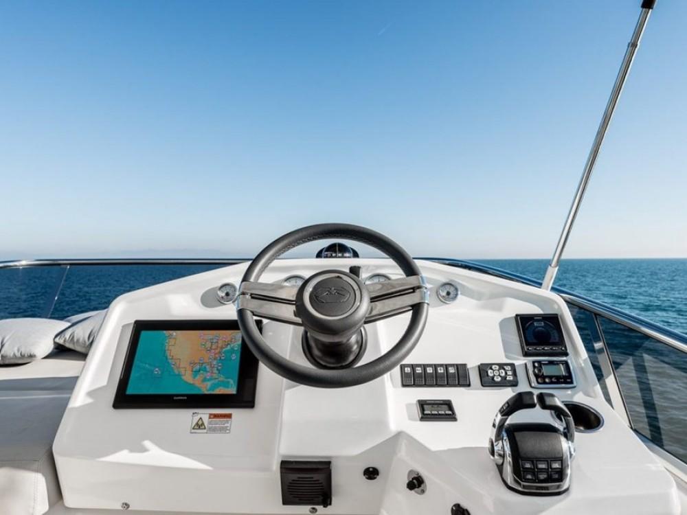 Noleggio barche Spalato economico E 52 F