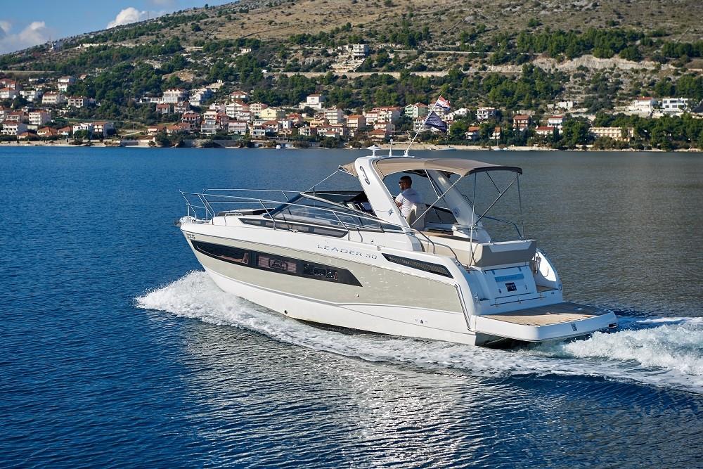 Noleggio yacht Traù - Jeanneau Leader 30 su SamBoat