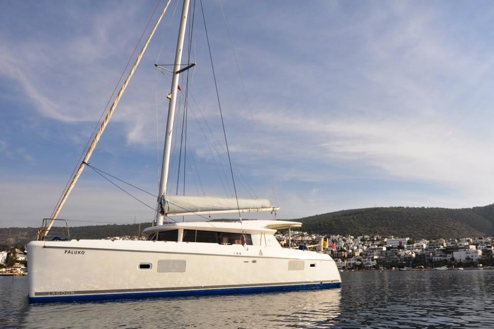 Noleggio barche  economico Lagoon 421