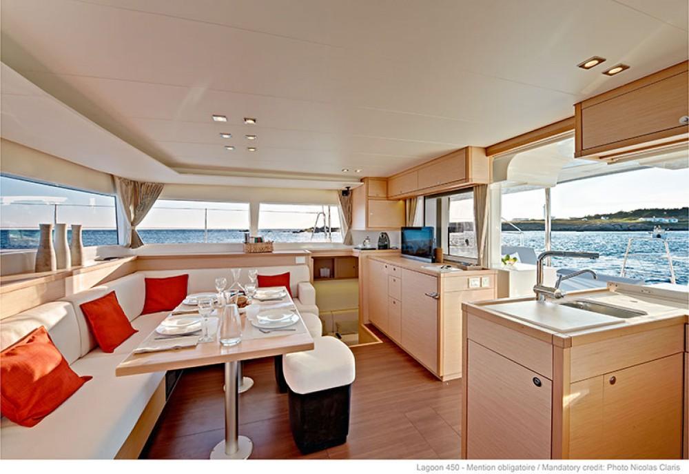 Noleggio barche Peloponnese economico Lagoon 450