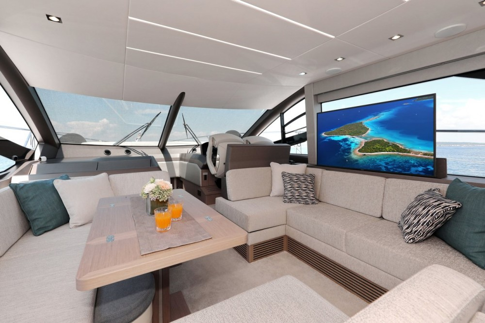Noleggio Barca a motore con o senza skipper Sunseeker-International Croazia