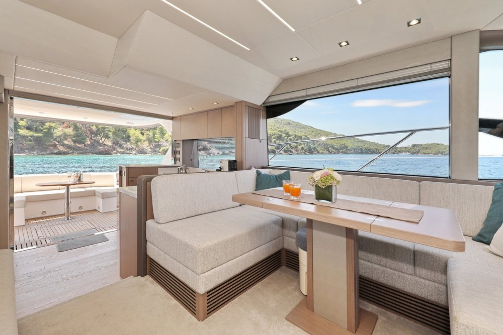 Noleggio barche Sunseeker-International Sunseeker Manhattan 52 Croazia su Samboat