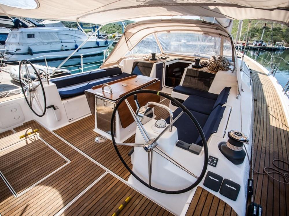 Noleggio barche Dufour Dufour Exclusive 56 - 5 + 1 cab. Capocesto su Samboat