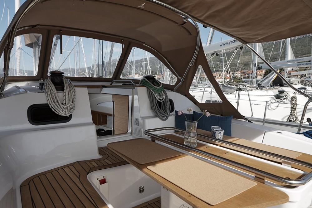 Noleggio Barca a vela con o senza skipper Elan Marina Kaštela