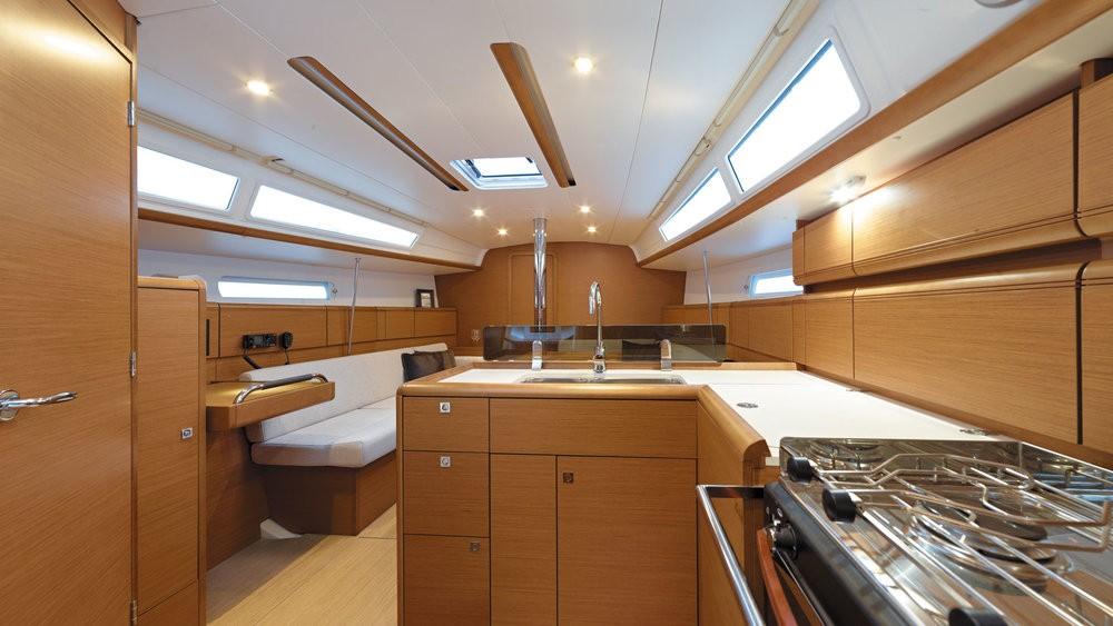 Noleggio barche Jeanneau Sun Odyssey 389 Pula su Samboat