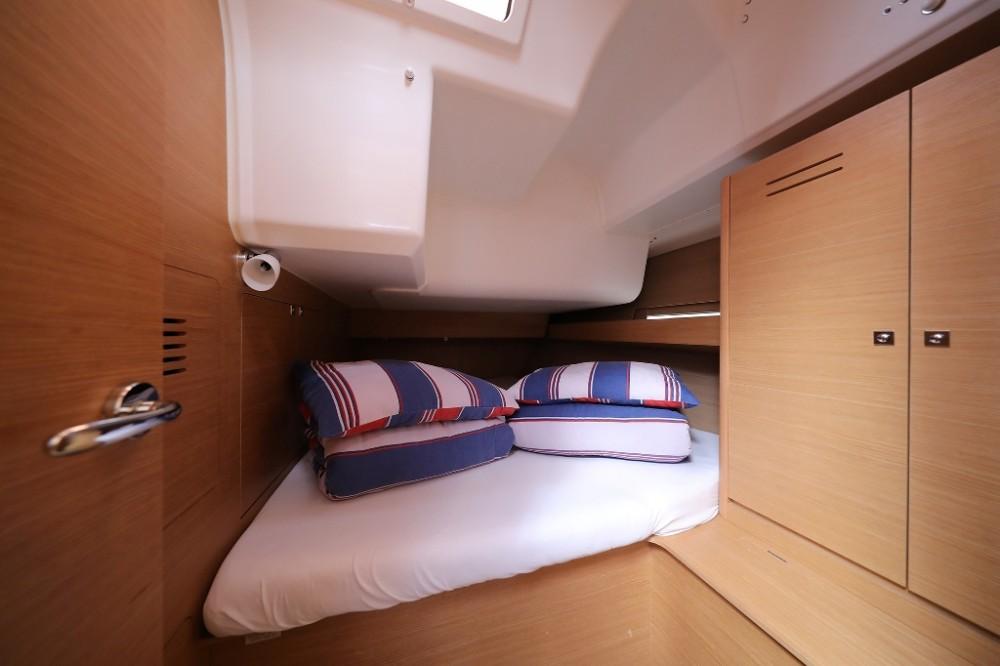 Noleggio Barca a vela con o senza skipper Dufour Traù