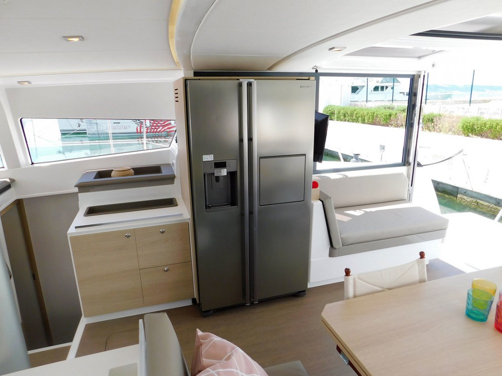 Noleggio yacht  - Catana Bali 4.3 - 4 + 2 cab. su SamBoat