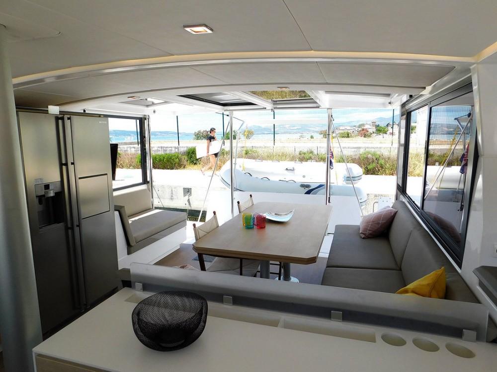 Noleggio Catamarano con o senza skipper Catana