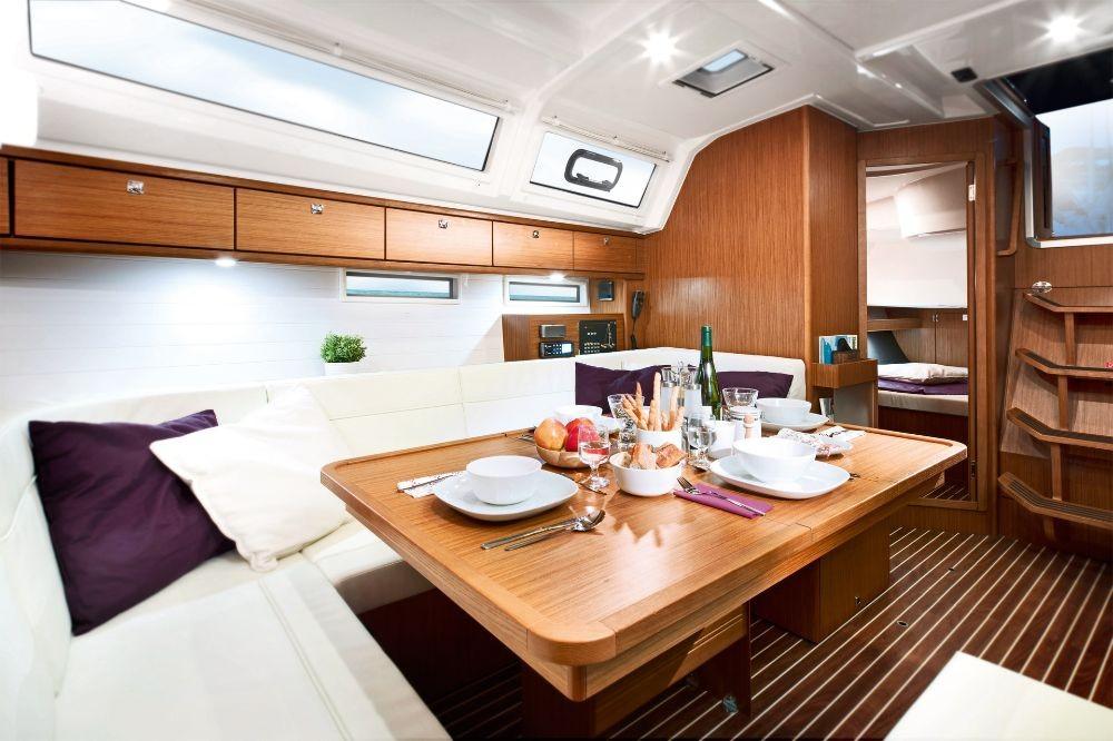 Bavaria Cruiser 46 tra personale e professionale Croazia