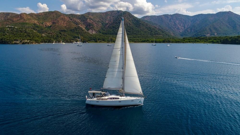 Barca a vela a noleggio Marmaris Yacht Marina A.Ş al miglior prezzo