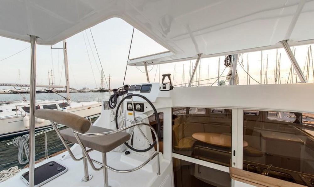 Noleggio barche Peloponneso economico Lagoon 380 S2