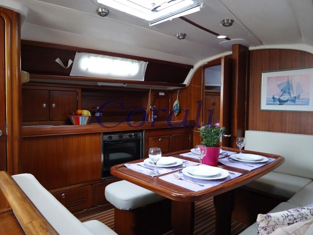Barca a vela a noleggio Péloponnèse al miglior prezzo