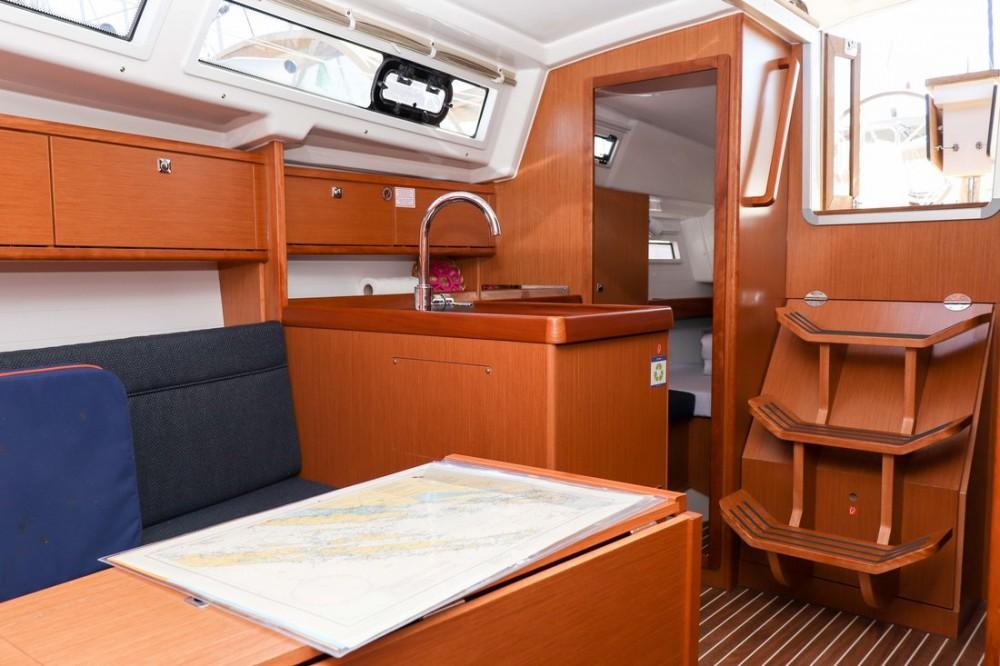 Noleggio barche Bavaria Cruiser 34 Croazia su Samboat